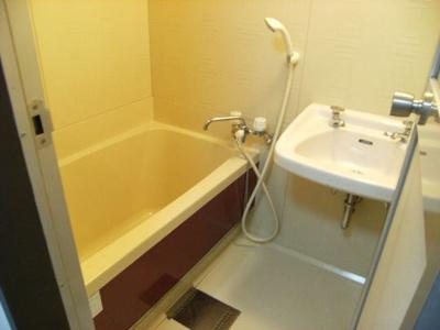 【浴室】ホワイトボックス