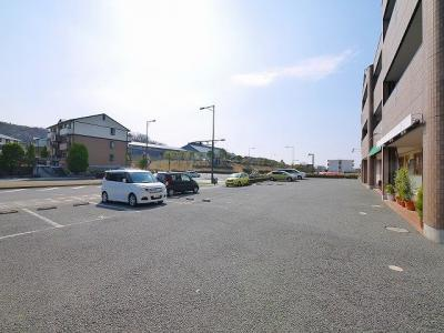 【駐車場】グランファミーユAフルール