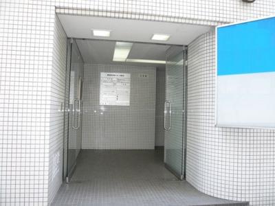 【エントランス】神宮外苑ビル2号館