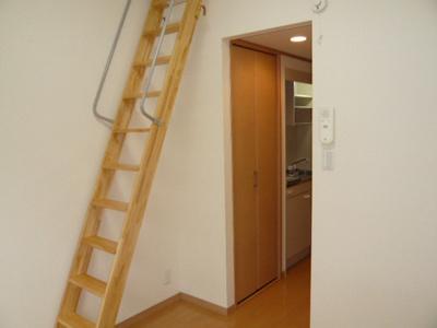 ロフト梯子