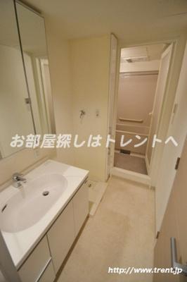 【独立洗面台】ラグジュアリーレジデンス新宿ソラーレ