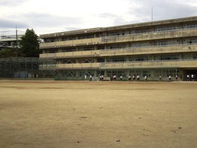 吹田市立吹田第1中学校