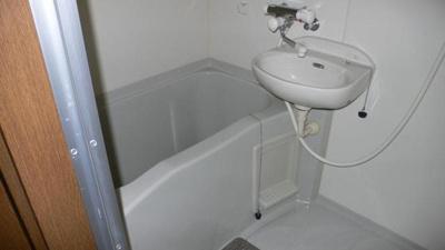 【浴室】ハイツリリーフ