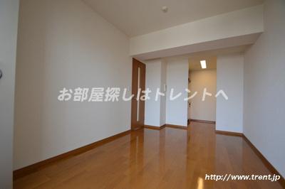 【居間・リビング】リリエンベルグ弐番館