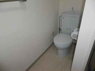 【トイレ】カーサ コナミ