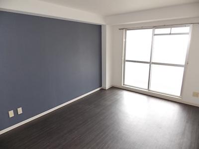 広めのお部屋なので家具の配置も自由自在!