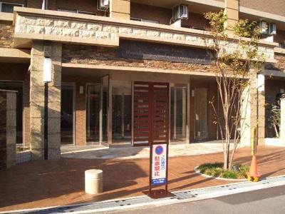 【エントランス】エステムコート梅田・天神橋リバーフロント