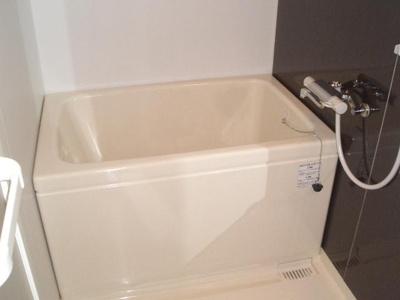 【浴室】エスライズ梅田北