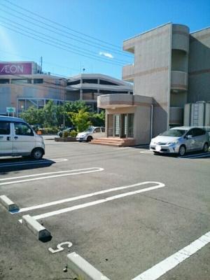 【駐車場】プティ・アントルポ