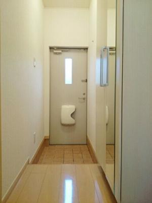 【セキュリティ】ブライト・スクエア C