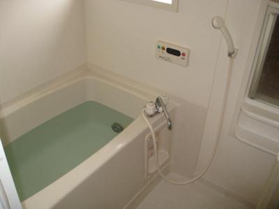 【浴室】カーサテポーレ