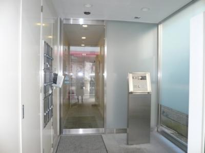 【エントランス】南青山コアパレス