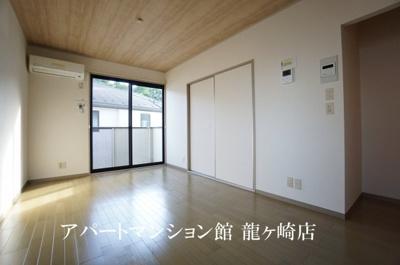 【寝室】クレスト藤ヶ丘B