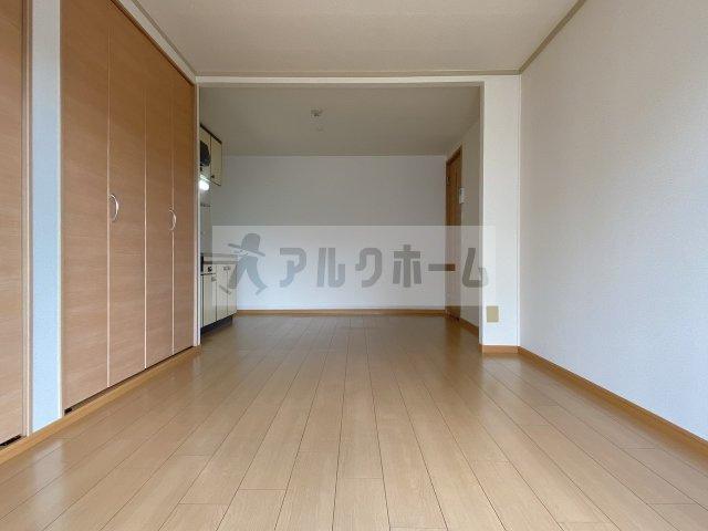 【居間・リビング】大県マンション2