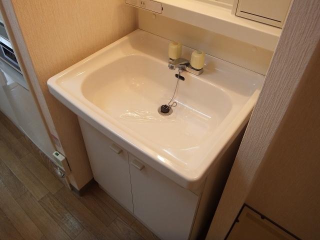 【独立洗面台】トレイズ3