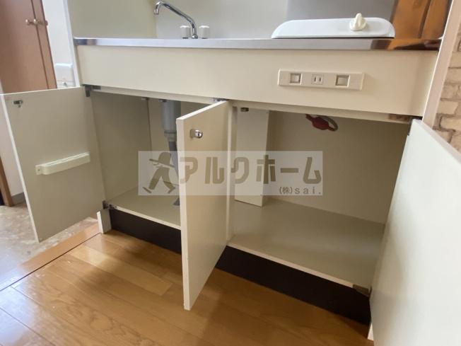 パブリックマンション2(大阪教育大前駅) 寝室 2階の部屋に梯子はつきません