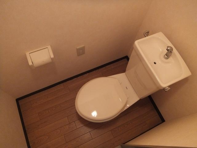 【トイレ】メゾンファミーユ
