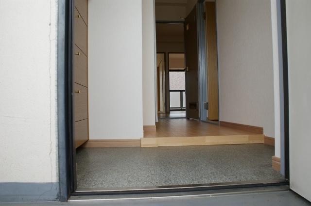 【玄関】グリーングランピア
