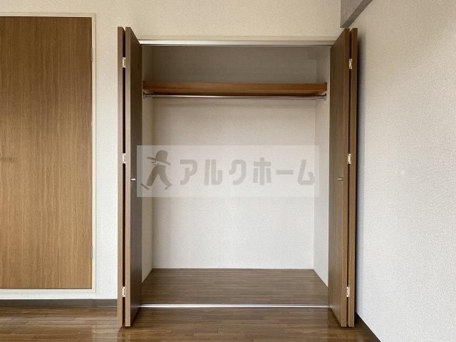 シャトーエマー寿 寝室
