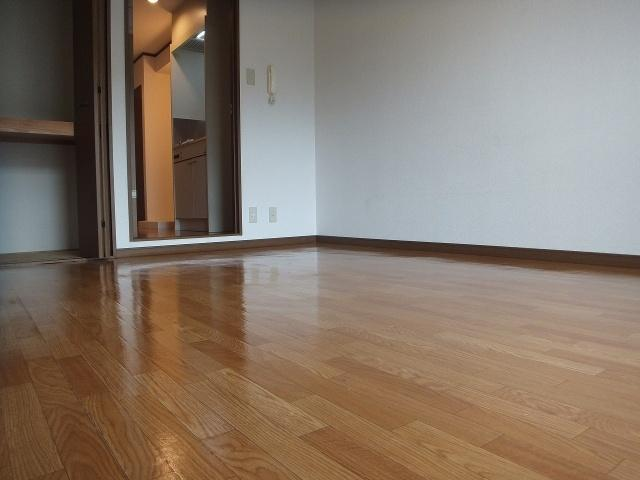 【洋室】にしみマンション