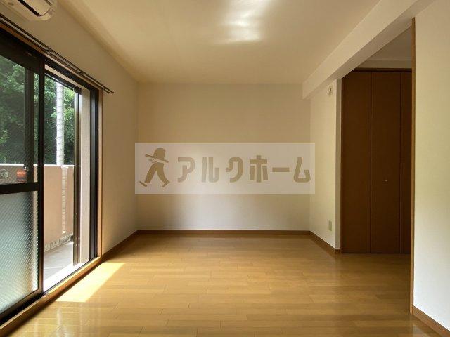 ソレイユ 洋室