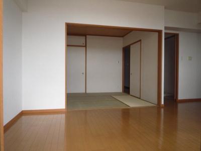【居間・リビング】富士林プラザ大日参番館