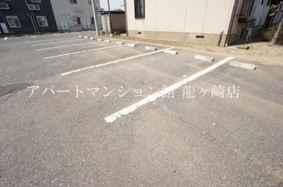 【駐車場】グリーンパストラル桜井C