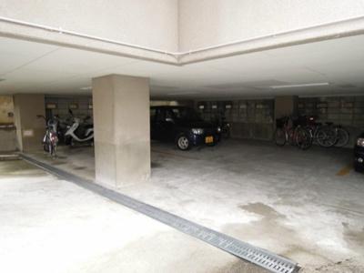 ☆地下駐車場☆