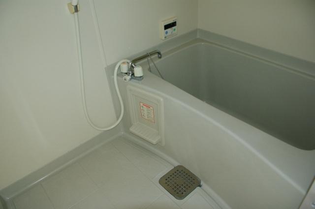 サンライズ柏原 浴室