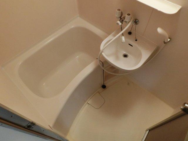 さんさん軽里 浴室