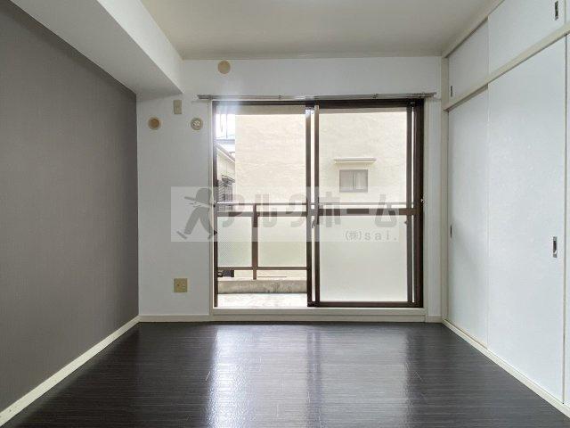 ユーネスト浅野 寝室