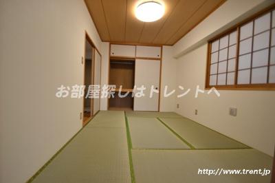 【居間・リビング】カスタリア新宿7丁目