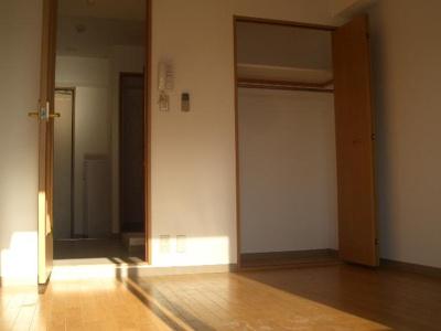 【洋室】ミーネ松屋町