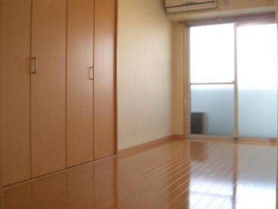 【洋室】メル・シアター空堀