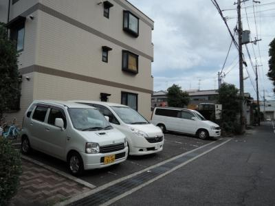 【駐車場】ファミーユ12