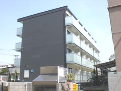 4階建て、日当り良好☆