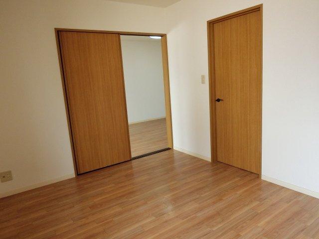 ドリーム5(柏原市太平寺) 寝室