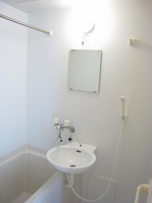 【浴室】パインツリーはうす