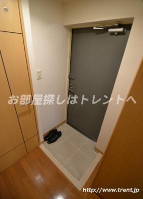【玄関】マリオン新宿河田