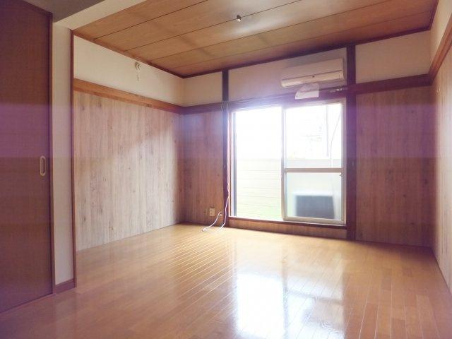 【居間・リビング】コーポ滝沢