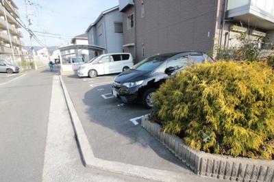 【駐車場】ファミーユ長池A