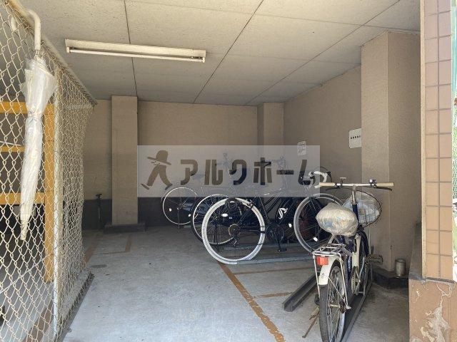 【玄関】ハイツハピネス