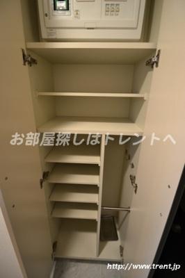 【玄関】ヴォーガコルテ東新宿
