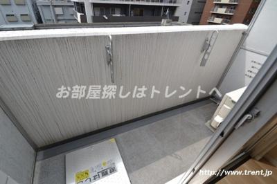 【バルコニー】ヴォーガコルテ東新宿