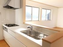 戸建てで人気上昇中!オープンキッチンはどんな種類がある?の画像