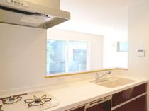 戸建てのキッチンはどう選ぶ?サイズやレイアウトについて知ろうの画像