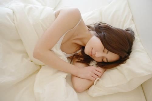 【睡眠の質を向上させる飲みもの!】就寝前に飲むといいものとはの画像