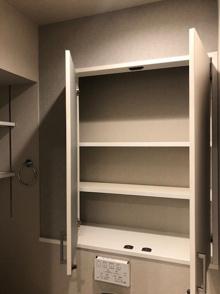 オープン収納に建具(収納扉)を設置の画像
