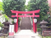 飲み屋街とオフィス街にたたずむ癒しスポット!新橋駅周辺のおすすめ神社の画像