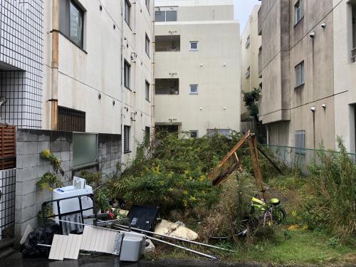 敷地整理(雑草処分・残置物撤去・フェンス設置)の画像